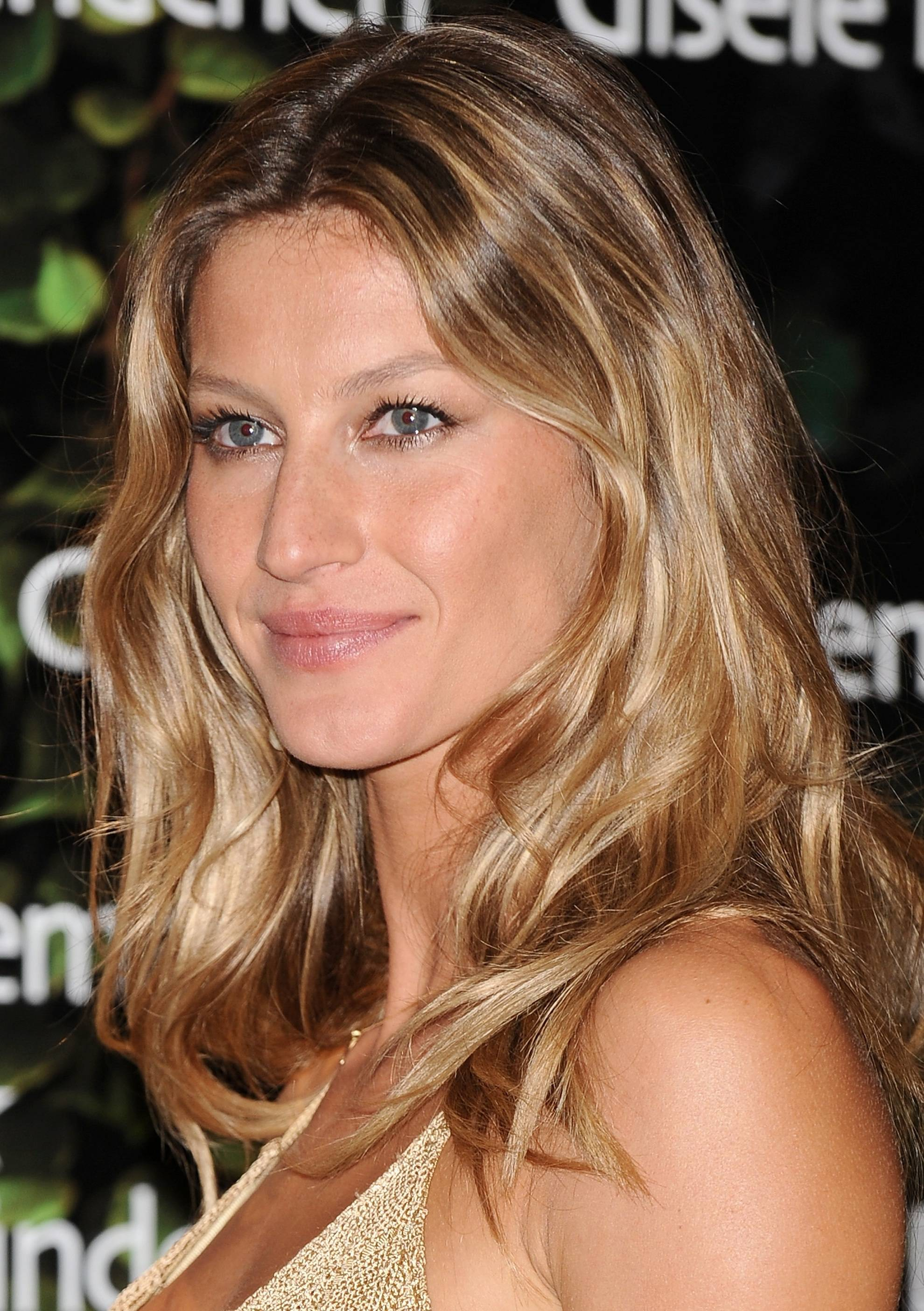 Gisele-bronde-hair-color-2012-trend