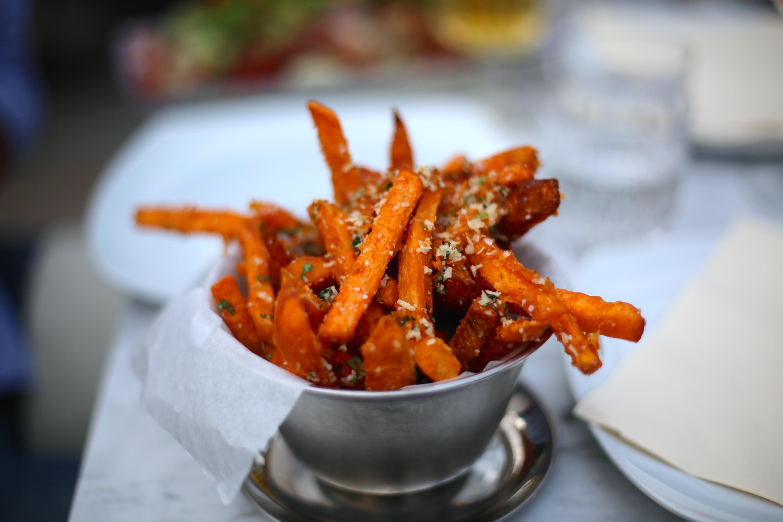 pommes frites i ugn potatismjöl